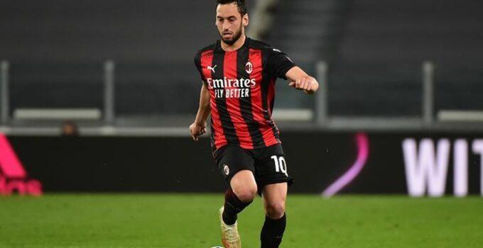 Atletico Madridden Hakan Çalhanoğluna transfer teklifi!