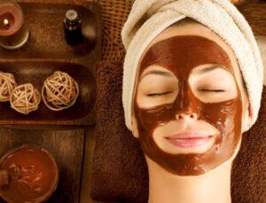 Kendini sevenlere çikolata tadında maske