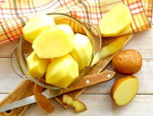 Kusursuz gibi bir cilt için patates maskesi uygulaması! Patates maskesi nasıl yapılır?