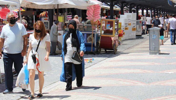 Afyonkarahisar'daki Emirdağ ilçesinin nüfusu, gelen gurbetçiler sayesinde 20 binden 200 bine çıktı