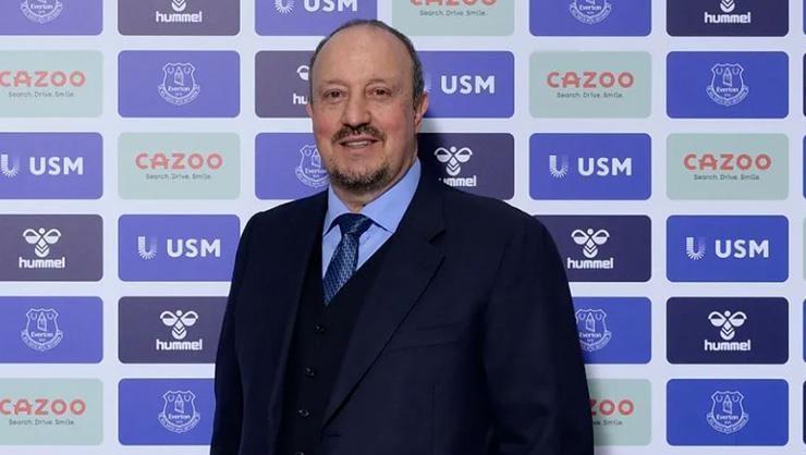 Benitez, Liverpool ve Evertonı çalıştıran ikinci teknik direktör…