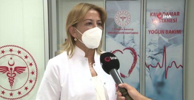 Bilim Kurulu Üyesi Turan uyardı: 'Aşılanmamış grup çok büyük akciğer enfeksiyonuyla karşımıza geliyor'