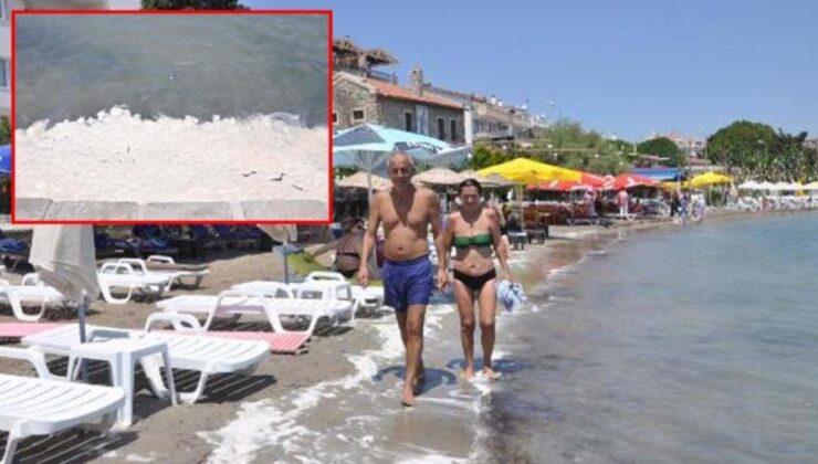 Datça'da sahilinde endişelendiren görüntü! Müsilaj zannettikleri kirliliğin yağ ve deterjan karışımı olduğu ortaya çıktı