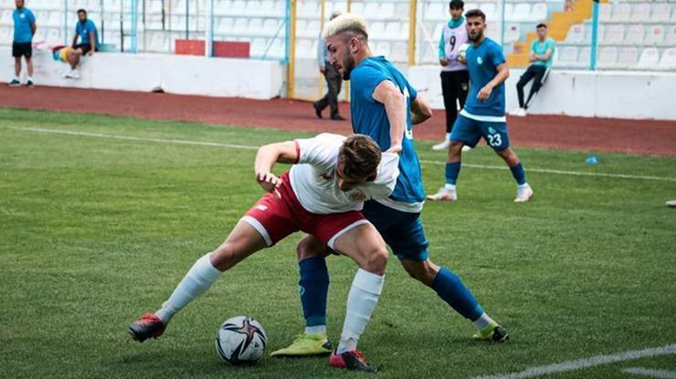 Erzurumspor, ilk hazırlık maçında Antalyaspora 2-1 yenildi