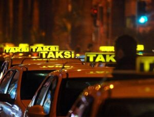 İBB, İstanbul Havalimanı'nda çalışan ancak taksimetre standartları uygun olmayan 400 taksiyi bağladı