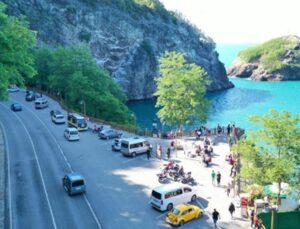 'Sakin şehir' ünvanlı Perşembe'ye turist akını: Sahiller doldu taştı, nüfus 5'e katlandı