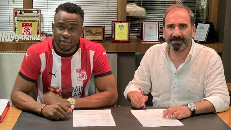 Sivasspor Leke Samson Jamesi transfer etti