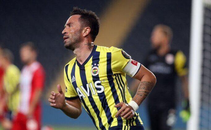 Son dakika! Fenerbahçeden ayrılan Gökhan Gönülün yeni takımı…