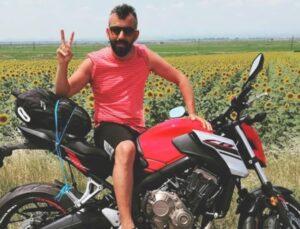 Tatil hayaliyle yola çıkan motosikletli genç, feci kazada can verdi