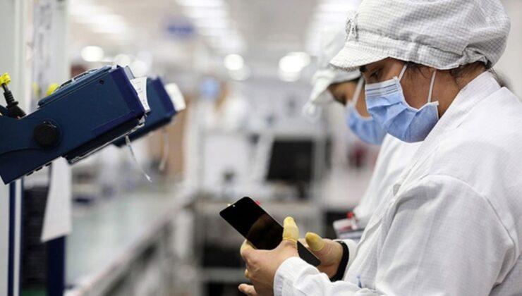 Teknoloji devlerinin Türkiye'de telefon üretimine başlamasıyla fiyatlar 1.500 TL düştü
