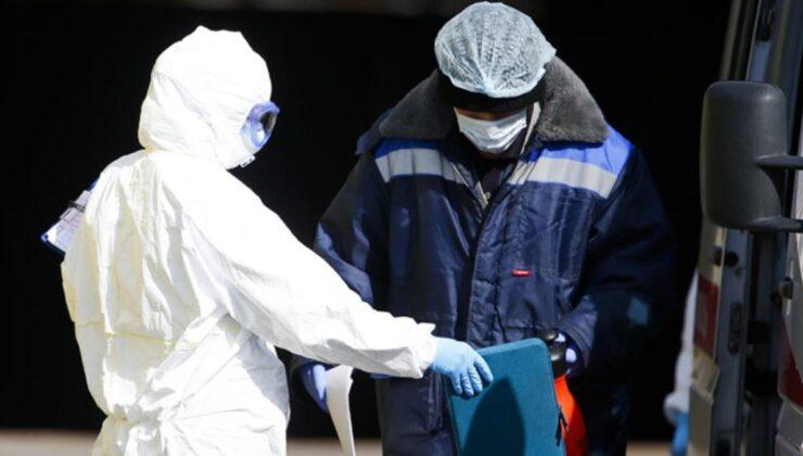 Türkiye'ye her gün binlerce turistin geldiği Rusya'da delta varyantı kabusu! 752 vefat ile salgının rekoru kırıldı