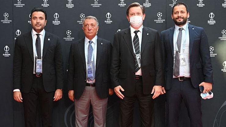 Beşiktaştan kulüp başkanlarına forma hediyesi