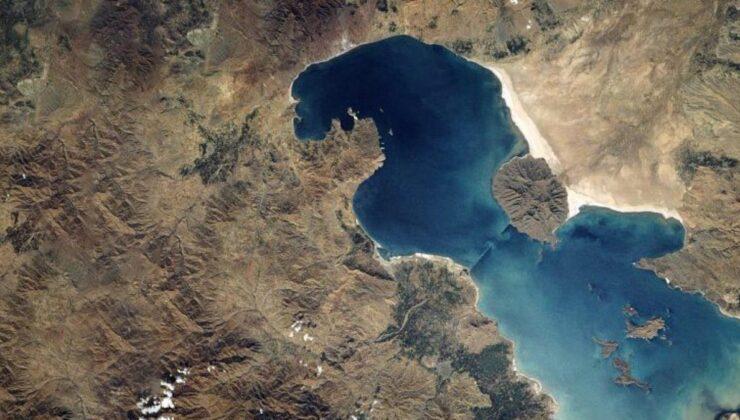 Bir dönem Ortadoğu'nun en büyük gölü olan Urmiye Gölü, şimdilerde haritadan silinmek üzere