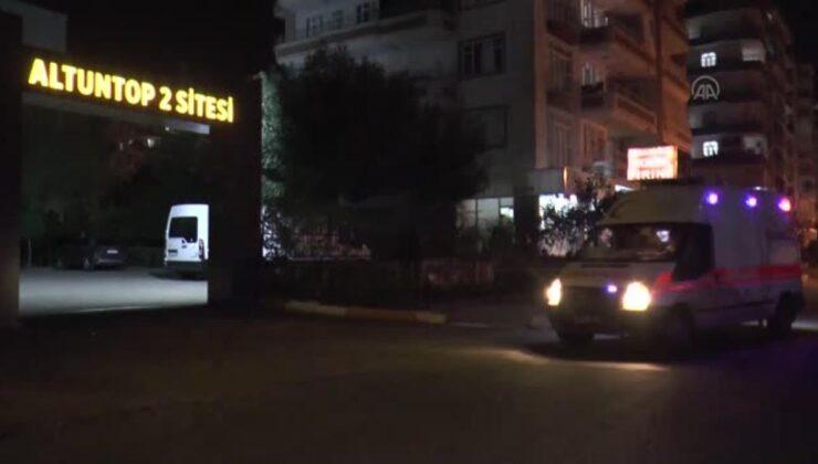 DİYARBAKIR – Mobil aşı ekipleri, akşamları site site dolaşarak apartman sakinlerini aşılıyor