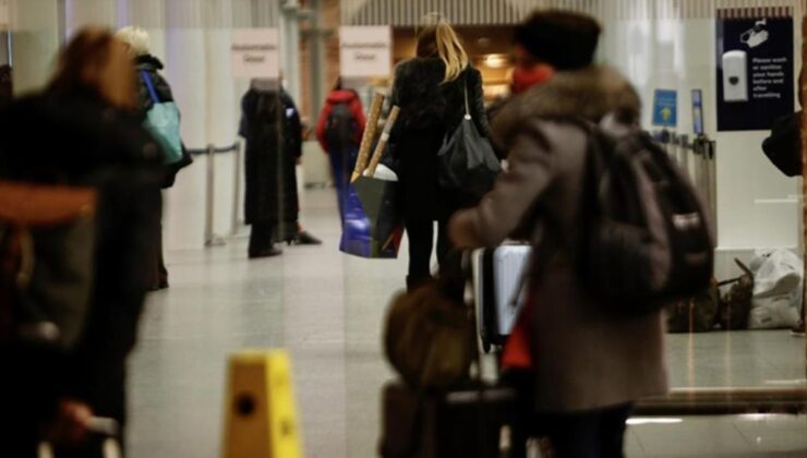 İngiltere, seyahat kısıtlamalarında Türkiye'yi kırmızı listeden çıkarmadı