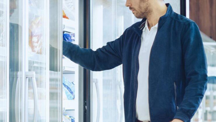 İngiltere'de marketlere giren bir şahıs, gıdalara bilinmeyen madde enjekte etti