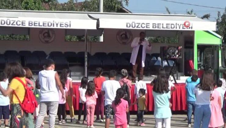 'Mahallemde şenlik var' etkinliği ile aileler aşıya davet edildi