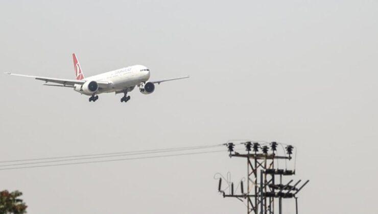 Son Dakika! Afganistan'dan tahliye edilen Türk askerlerini taşıyan ilk uçak Ankara'ya indi