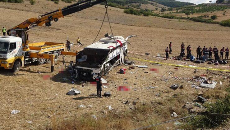Son Dakika: Balıkesir'deki yolcu otobüsü kazasında bilanço ağırlaşıyor! Hayatını kaybedenlerin sayısı 15'e yükseldi