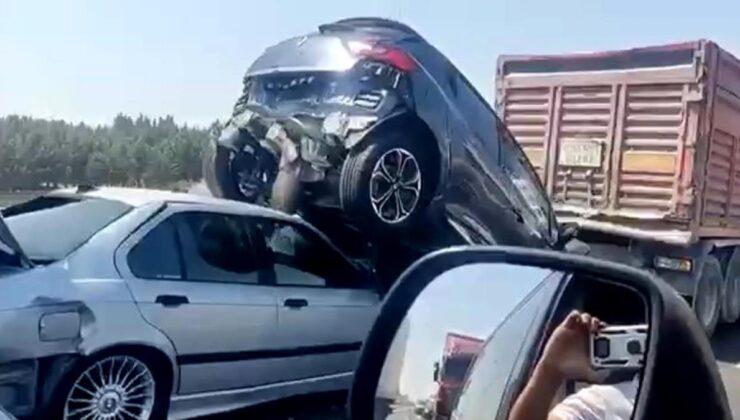 Son dakika! TEM otoyolunda zincirleme kaza: 6 araç birbirine girdi, 2 kişi yaralandı