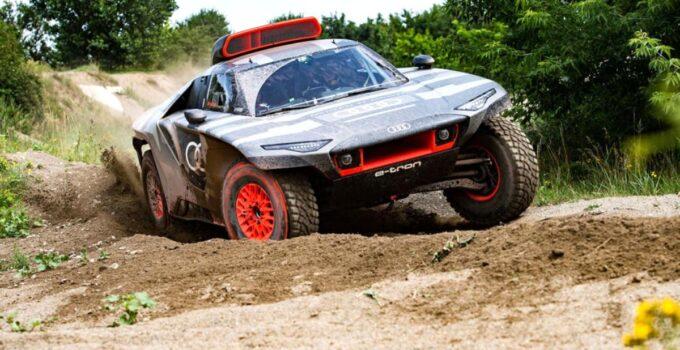 Audi RS Qe-tron Dakar Rallisi'ne hazırlanıyor