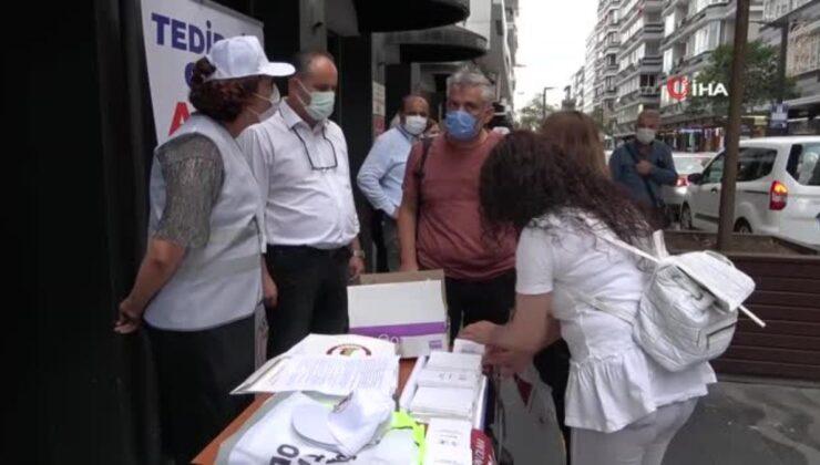 Samsun Tabip Odası sahaya indi, vatandaşlara aşı çağrısı yaptı