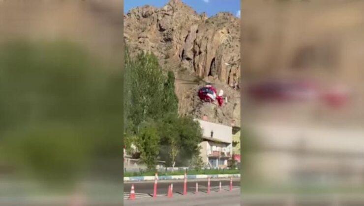 Son dakika haberleri… Ayının saldırdığı kişi ambulans helikopterle hastaneye kaldırıldı