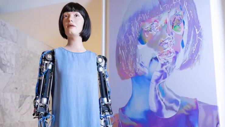 Bu da oldu! Dünyanın ilk ultra gerçekçi robotunu gözaltına aldılar, büyükelçi devreye girdi